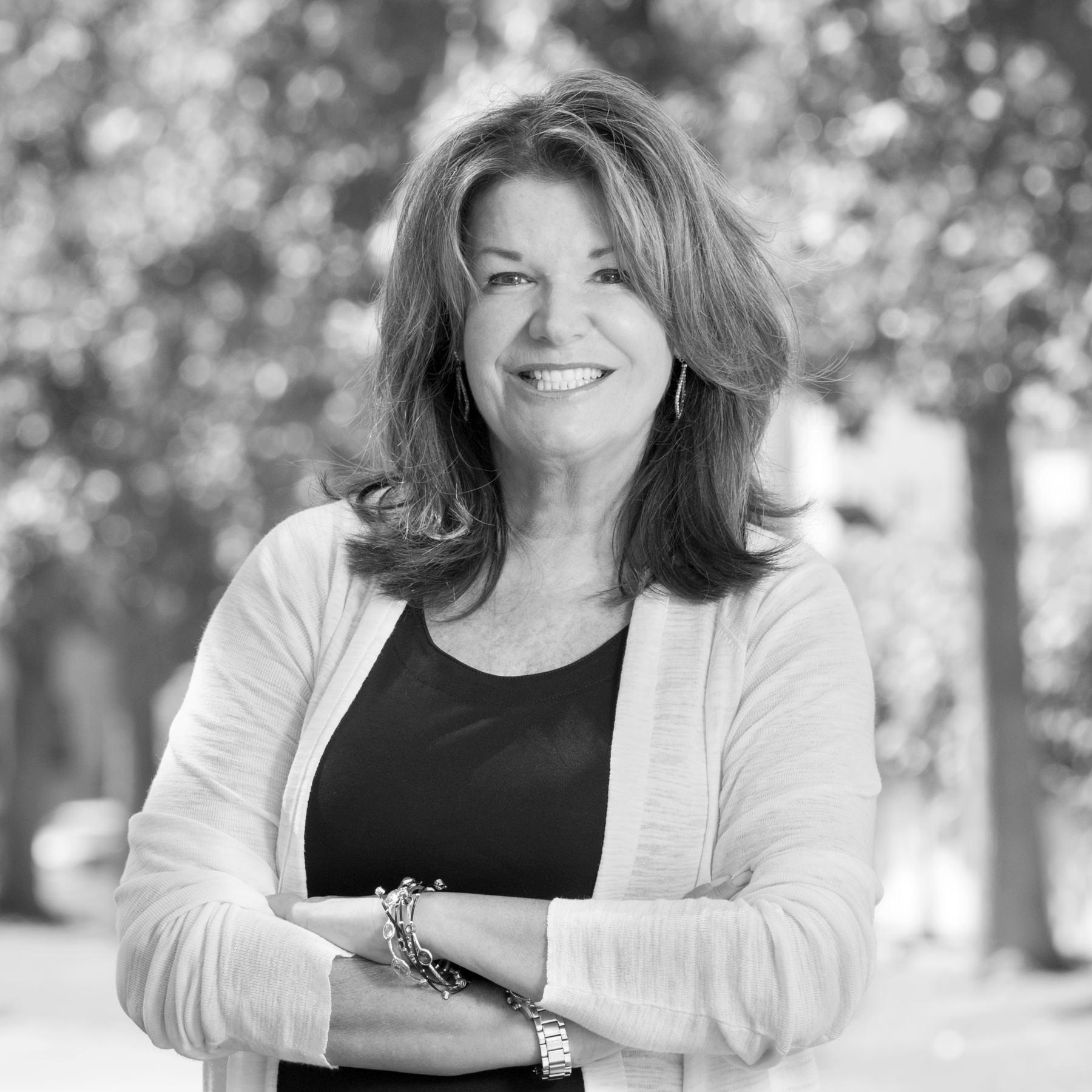 K. Elizabeth Dunn brings over 30 years of experience as a seasoned counselor and litigator to the firm's individual and business clients